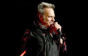Listen to David Lee Roth's new country-rock song, 'Giddy-Up'