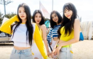 Brave Girls drop moving piano version of 'Summer By Myself'