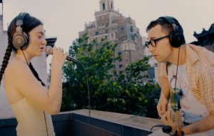 Watch Lorde and Jack Antonoff perform 'Solar Power' on a blustery rooftop