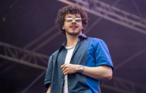 """Jack Harlow explains why he hasn't """"had a single sip of alcohol in 2021"""""""